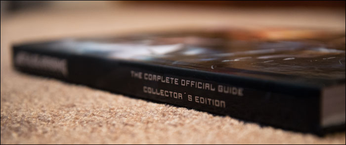 Metal-Gear-Rising-Collector's-Guide-Spine