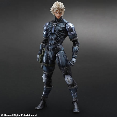 Metal-Gear-Solid-2-Raiden-Play-Arts-Action-Figure-3