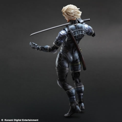 Metal-Gear-Solid-2-Raiden-Play-Arts-Action-Figure-6