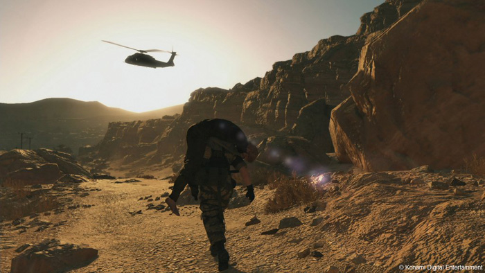 Metal-Gear-Solid-V-The-Phantom-Pain-E3-2013-Punished-Snake-Rescuing-Kaz